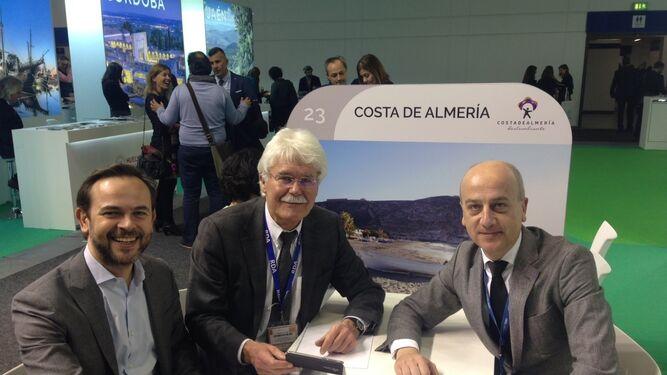 Encuentro de contactos en Costa de Almería.