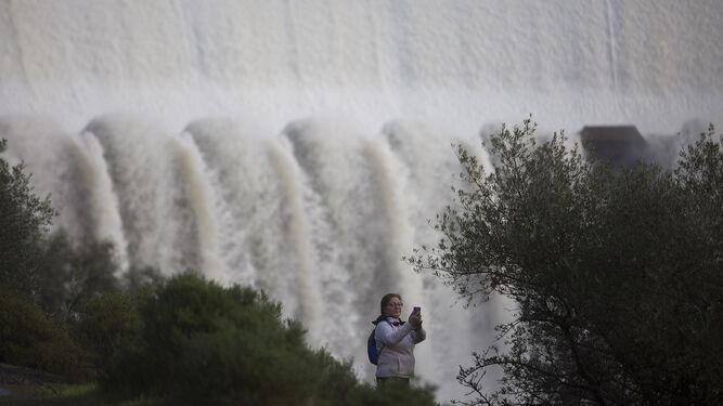 Desembalse del Gergal, en Sevilla, durante los días de lluvia.