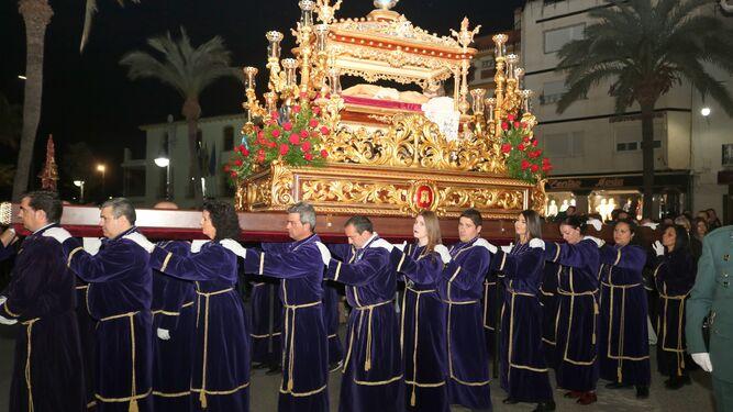 El Paso Morao con el Cristo Yacente.