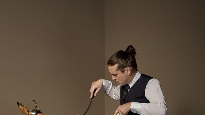 El suculento arte  de cortar jamón