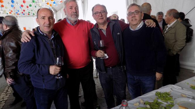 Organizadores del concurso de vinos y mostos.