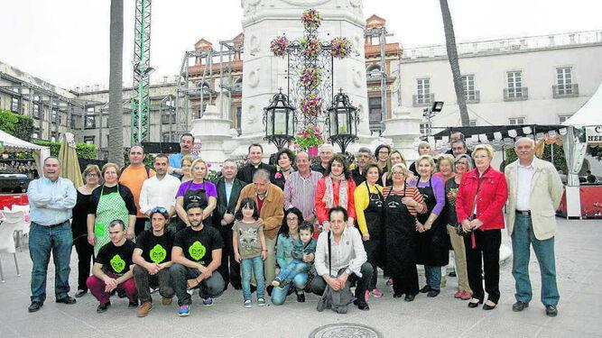 A las diez de la noche será la inauguración y bendición de la Cruz instalada en Plaza Vieja.