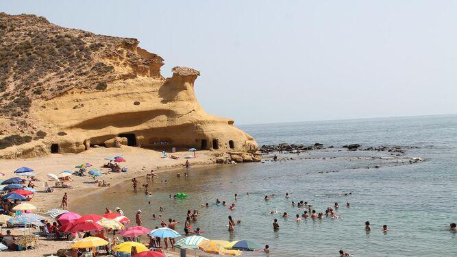 4ccdf4b88b1c3 Almería trabaja para recuperar el trozo de costa que le  robó  Murcia
