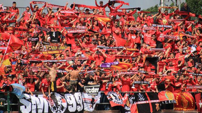 Aficionados del RCD Mallorca (Foto: RCD Mallorca).