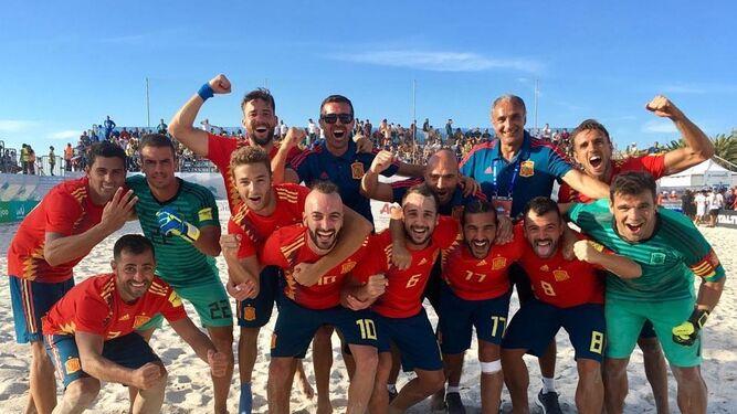 a1cbea1264185 Los españoles celebrando su pase a la final ante Italia.