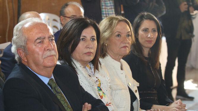 Los anteriores presidentes de la Autoridad Portuaria asistieron al acto