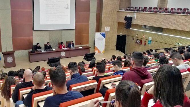 El decanato de la facultad organizó el evento.