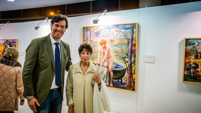 El concejal de Cultura, Juan José Salvador con Carmen Pinteño.