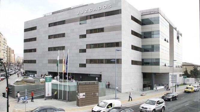 Condenan en Almería a una empresa de transporte de explosivos a readmitir a un vigilante y abonar 30.000 euros