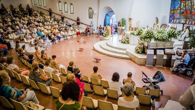 Un momento de la celebración en la Iglesia de Aguadulce.