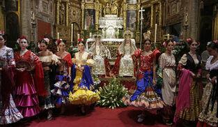 La Velá de Triana se viste de flamenca