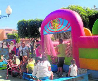 Juegos Al Aire Libre En La Plaza De Venta Gaspar
