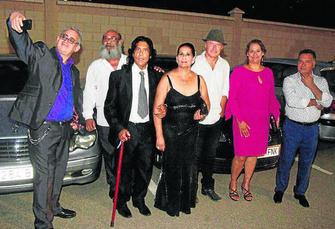 El guitarrista jos del tomate se cas ayer con rosa alba torres en rioja - Jardines de azahar rioja ...