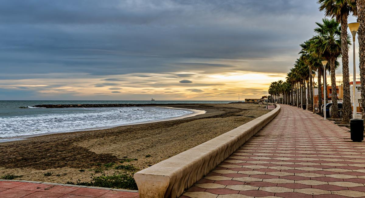 Playa de Costacabana (Almería)